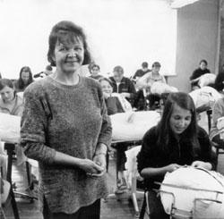 Учитель кружевоплетения