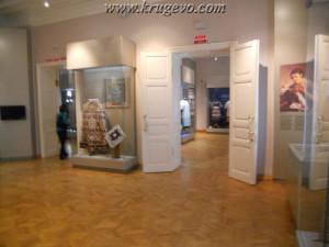 Музей кружева зал 1_museum lase hall1 europe16