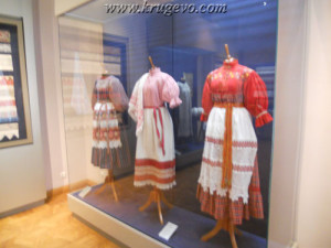 Музей кружева Зал №2_museum lase hall2 suit3