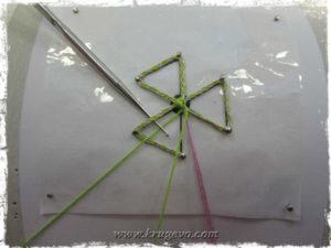 Плетение второго круга паучка