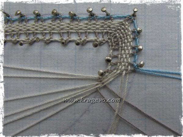 Продолжаем плетение вилюшки